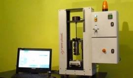 Nowa maszyna laboratoryjna firmy Remi-Plast