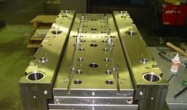 Milacron rozbudowuje zakłady w Czechach