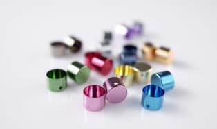 Clariant präsentiert neuen Farbstoff mit markantem Farbton für edle Oberflächen