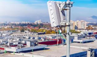 Kunststoffadditiv von BASF schützt 5G-Basisstationen vor UV-Licht