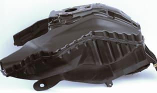 Poliamid-6 w motocyklowych zbiornikach paliwa
