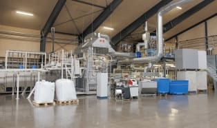 """High-speed production line for """"Danish trays"""""""
