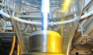 Efektywny recykling folii za pomocą linii typu film-to-film