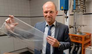 MAS i Caroda: nowy proces regranulacji odpadów foliowych LDPE / LLDPE