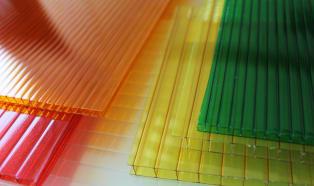 Poliwęglan: termoplastyczny następca szkła?