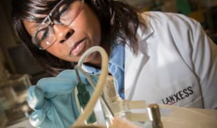 Lanxess: nowe technologie polimerów o niskiej zawartości wolnych grup izocyjanianowych