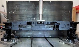 Geely wykorzysta lekkie innowacyjne rozwiązanie Lanxess w konstrukcji nowej belki czołowej