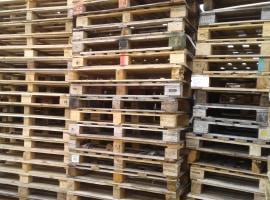 Palety drewniane podbite