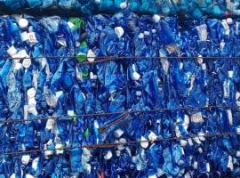 PET Butelki niebieskie