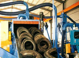 Gummiverarbeitungsmaschinen