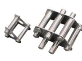 Rod magnetic separators