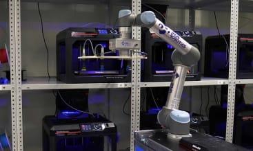 Roboty współpracujące na farmie