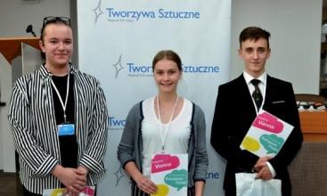 Zwycięzcy debaty EYDC w Warszawie
