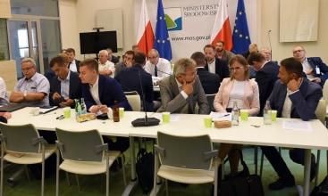 Szanse i zagrożenia dla polskiego