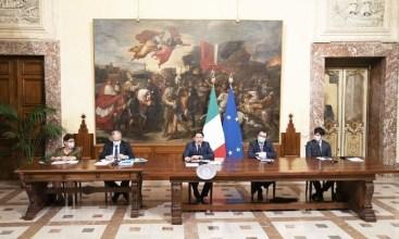 Włosi odraczają wprowadzenie