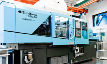 Demag demonstrates its surgical
