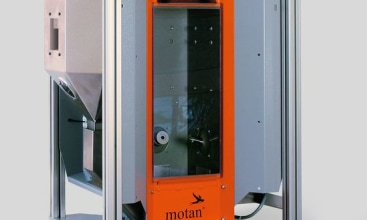 Motan exhibits further product