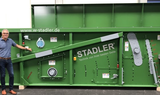 STADLER celebrates the production of the 1000th ballistic separator