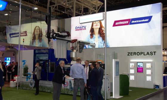 Polnische Innovation am Wittmann Battenfeld Stand