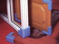 zabezpieczenia-krawedzi-drzwi