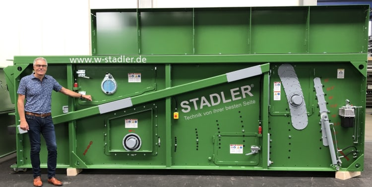 3-willi-stadler-with-the-1000th-stadler-ballistic-separator