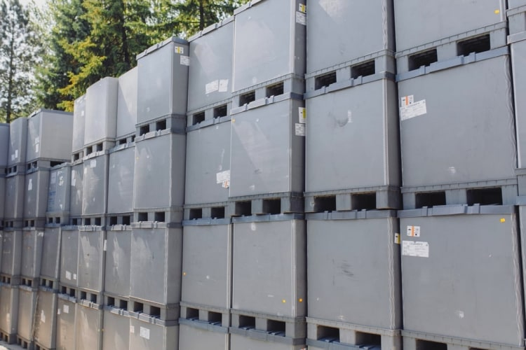 plastic-trader-kontenery