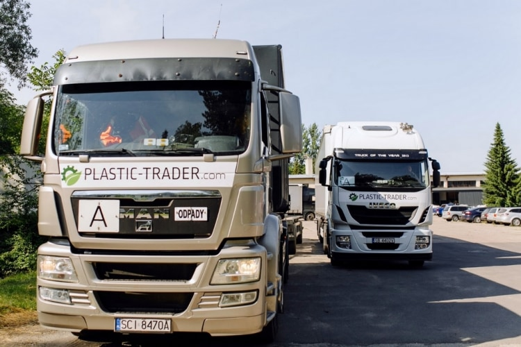 plastic-trader-tir-1