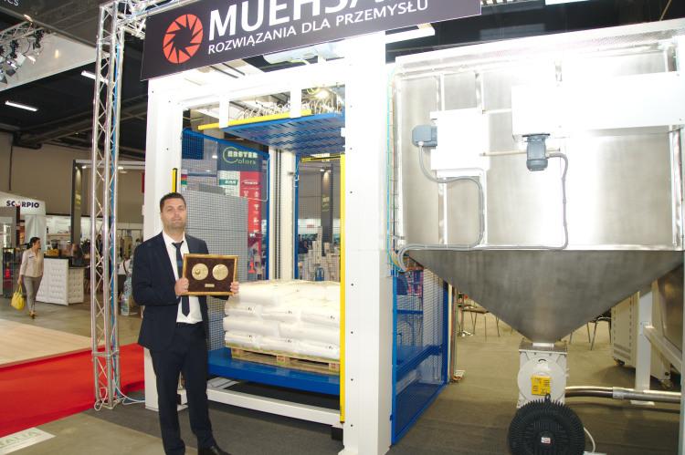 Maszyna do rozworkowywania granulatu z tworzyw sztucznych Depaletyzer DP15T dla Muehsam Rozwiązania Dla Przemysłu z Kielc