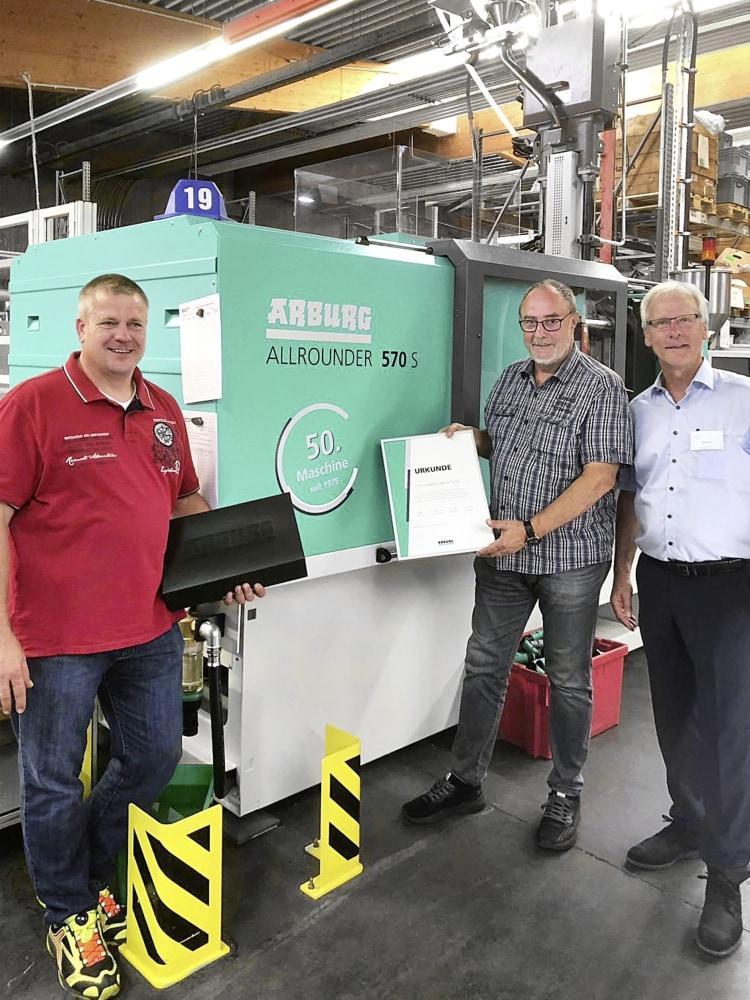 arburg-169303-jubilaeumsmaschine-glaenzer