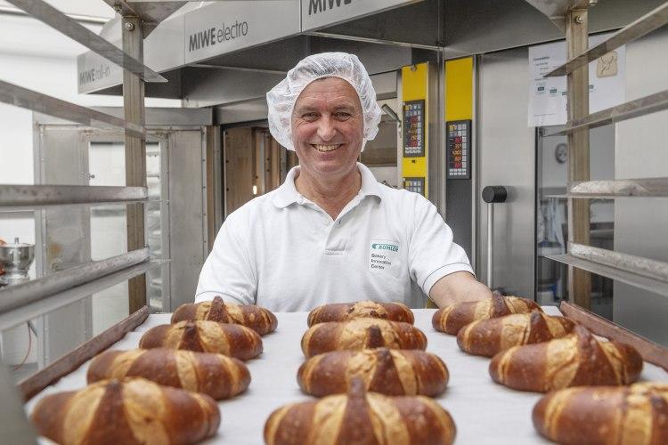 05-buehler-process-engineer-in-the-bakery-innovation-center-brhler