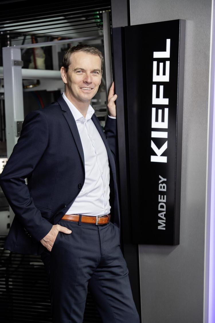 kiefel-stefan-moll-managing-director-cto