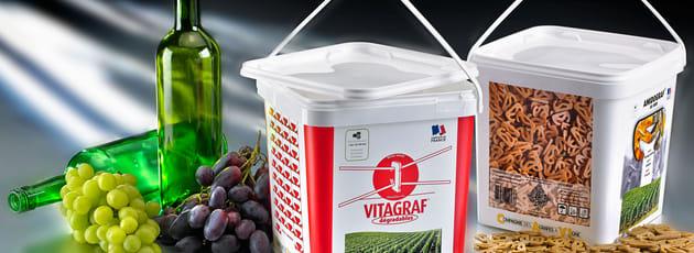 Biodegradable vineyard clips