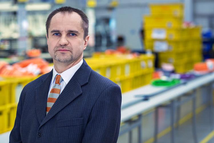 Artur Szmiłyk, manager produkcji igus