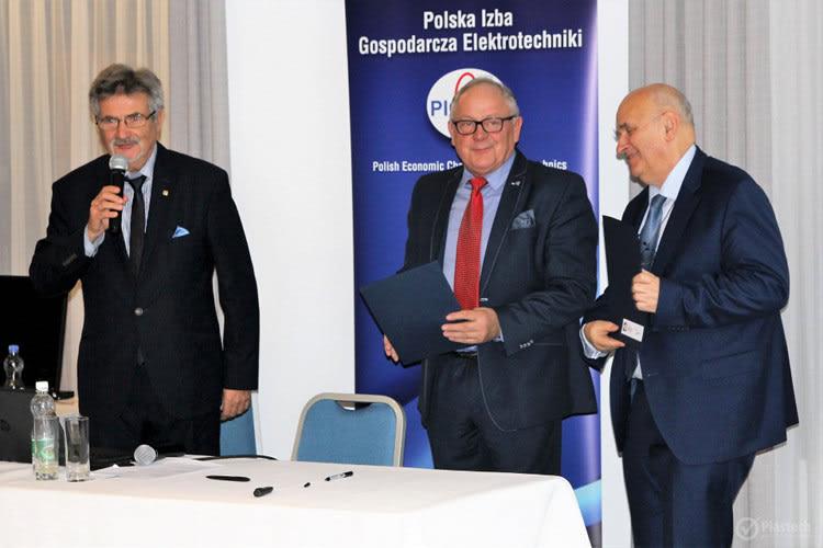porozumienie o współpracy pomiędzy Polską Izbą Gospodarczą Elektrotechniki a Bydgoskim Klastrem Przemysłowym