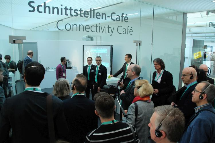 Connectivity cafe