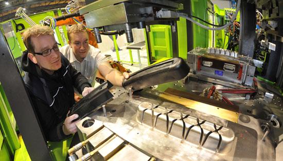 ENGEL lightweight technology cell goes operational at TU Chemnitz