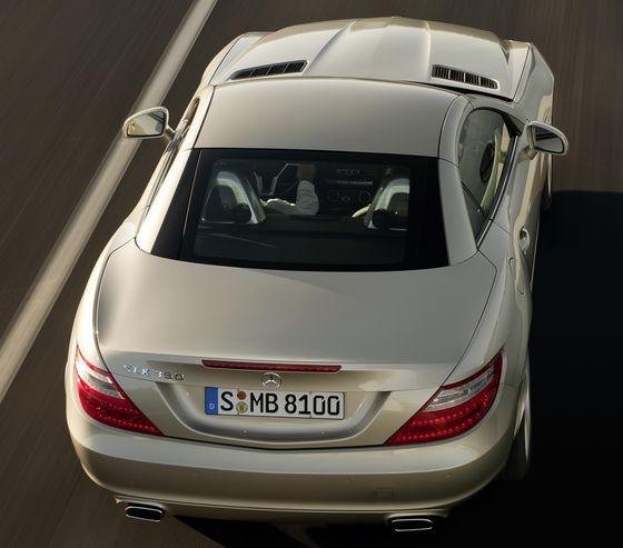 Polycarbonate-ABS blends for automotive exteriors