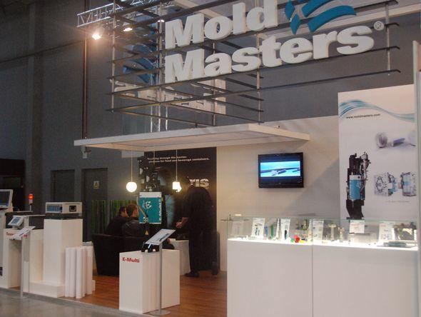 Mold Masters, IRIS