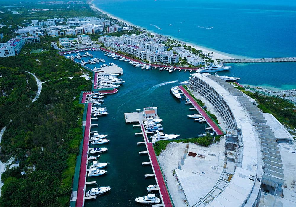 Marina Playa Mujeres