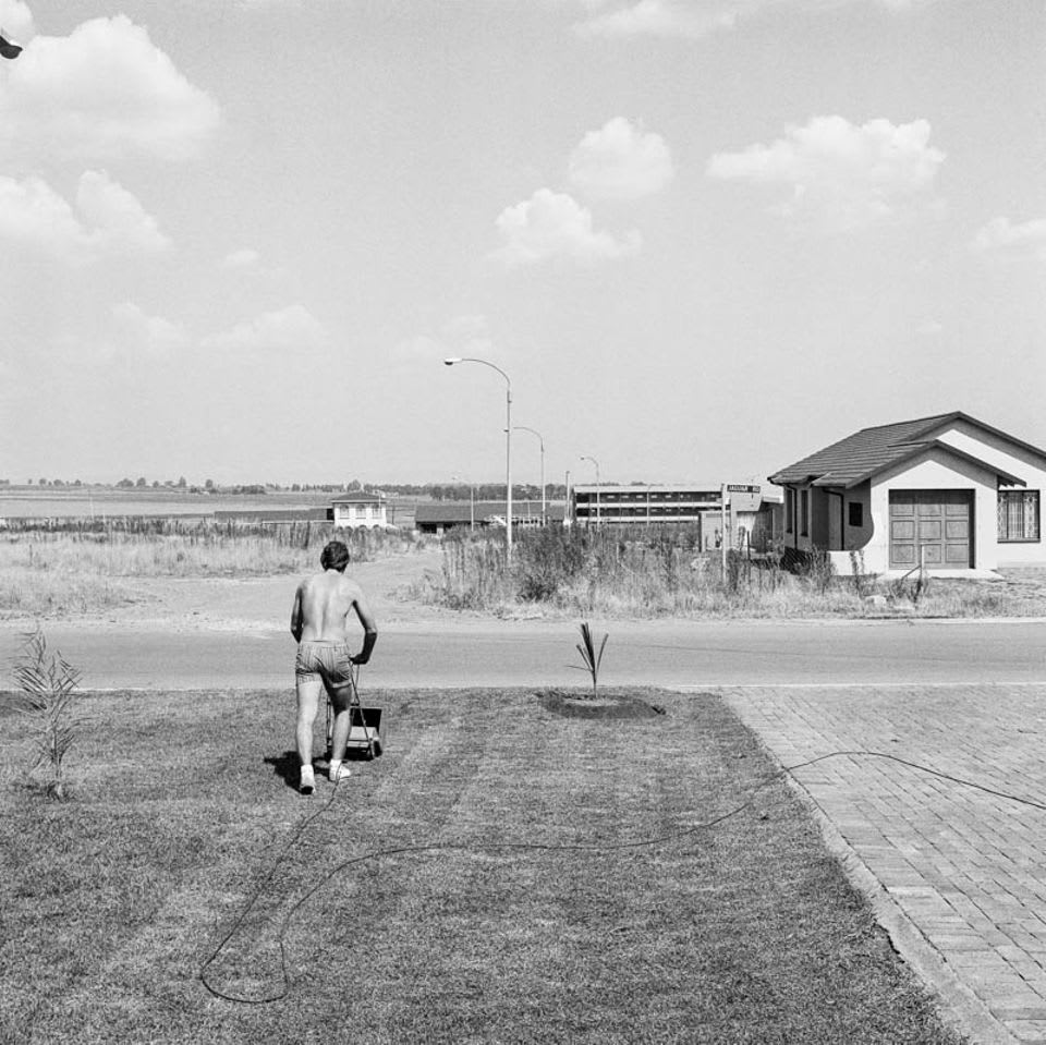 David Goldblatt, Saturday afternoon in Sunward Park, 1979. Photo courtesy of Goodman Gallery.