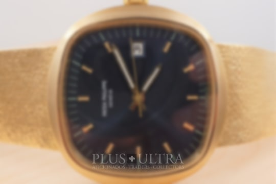 Patek Philippe Iconic 70s Bluegold Jumbo TV-Screen: Beta 21
