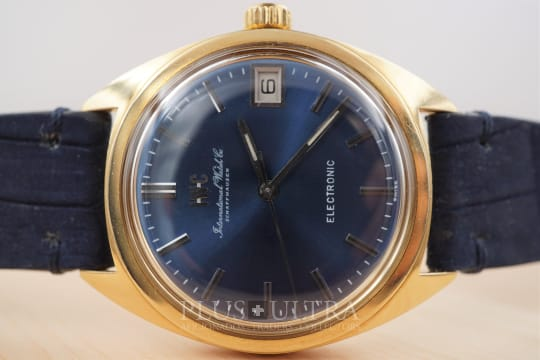IWC Electronic with Blue Dial, Tuning Fork cal150 in Solid Gold