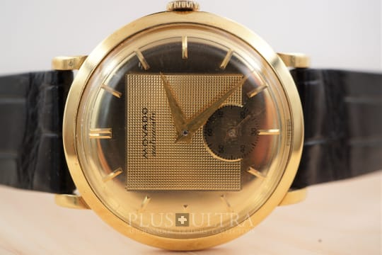 Movado Fantastic Dial 1950s Bumper Automatic, Case: Wenger