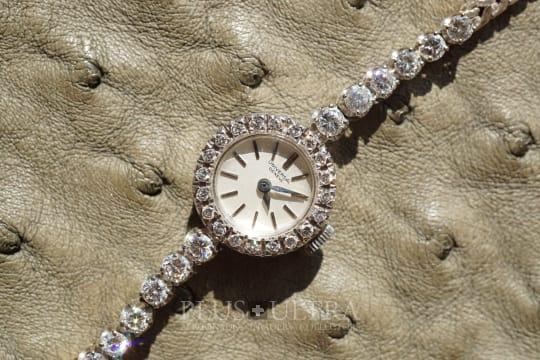 Universal Geneve Ladies Diamonds Jewel