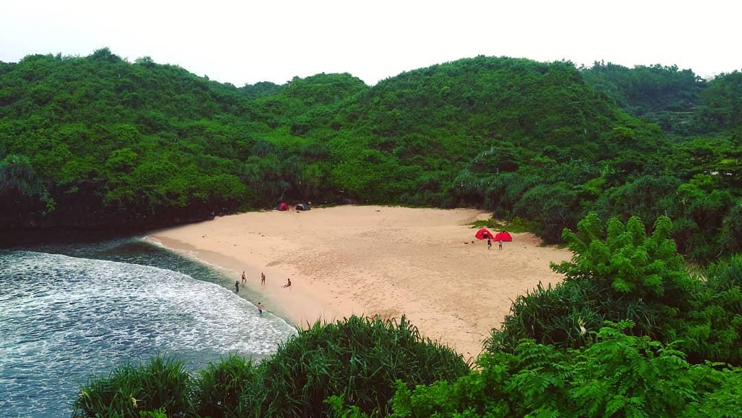 Wisata Pantai Sedahan Jogja