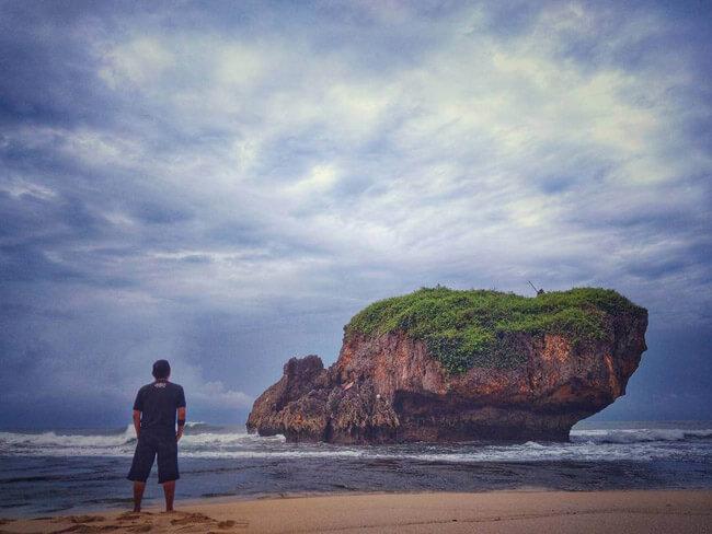 Travelisto Tours : Pantai Kukup