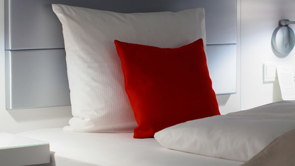 The Differences of Pillows Material