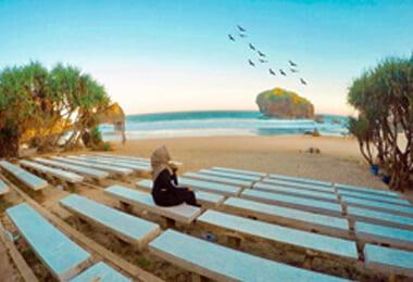 Wisata Pantai Jungwok Jogja