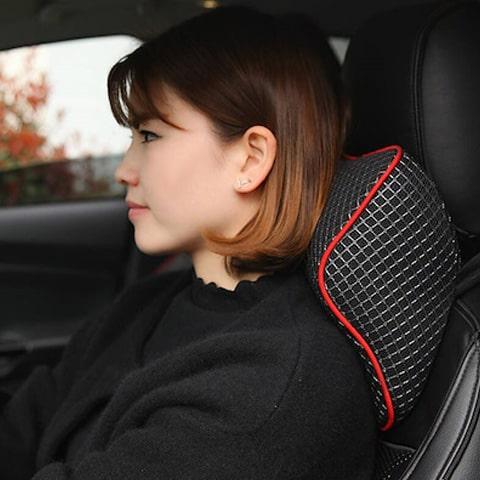 Bantal Mobil