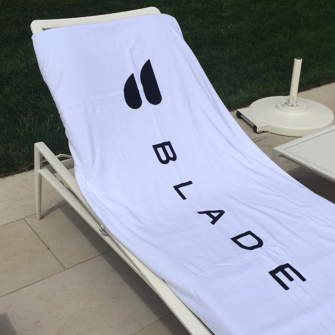 Blade beach towel